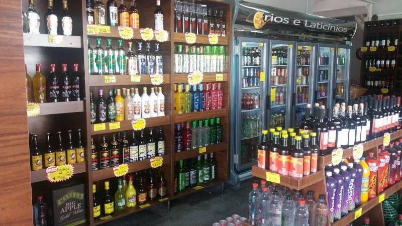 Resultado de imagem para foto de distribuidora de bebidas